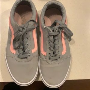 Vans size 4  girls sneakers gray and pink